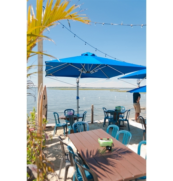 Picture of 10 Foot Square Aluminum Cantilever Umbrella with Marine Grade Fabric