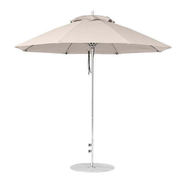 9 Foot Octagonal Fiberglass Market Umbrella